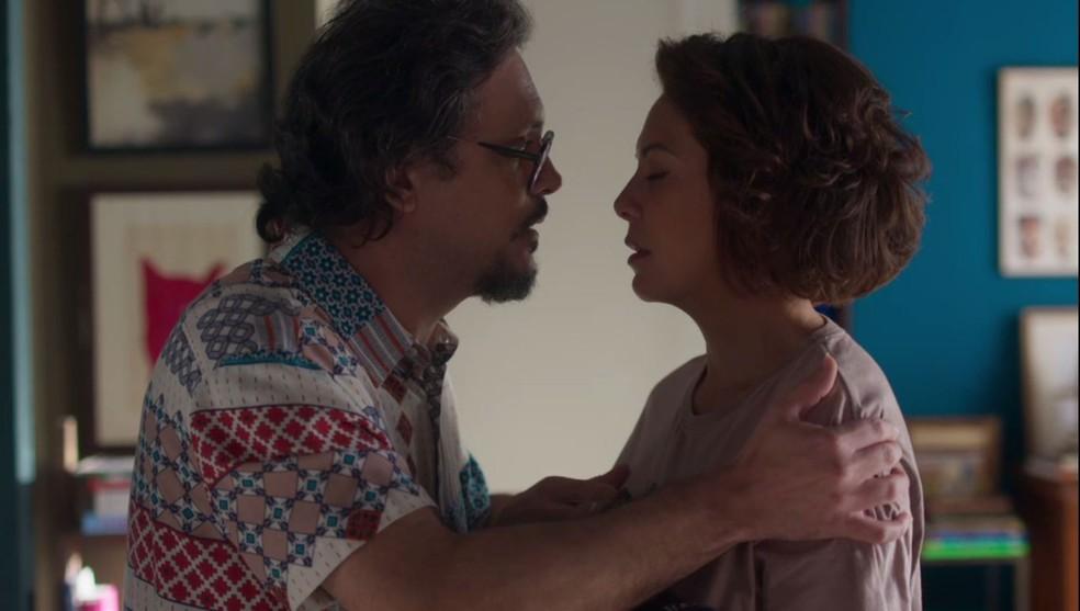 Mario (Lúcio Mauro Filho) e Nana (Fabiula Nascimento) em Bom Sucesso (Foto: Reprodução/Globo)
