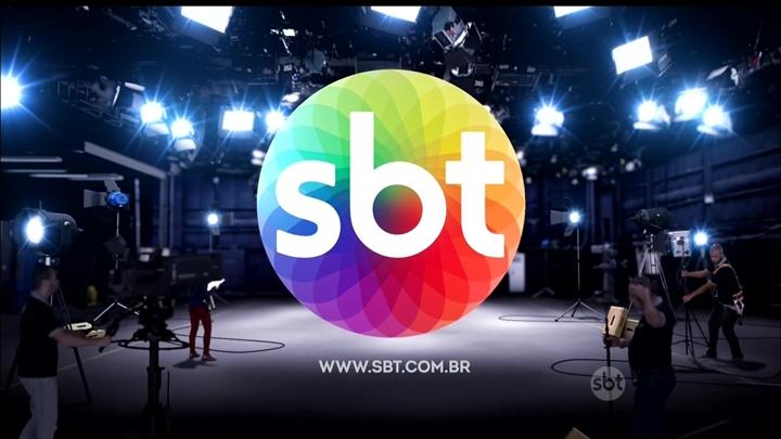 SBT adiou a estreia de Patinho Feio. (Foto: Reprodução)