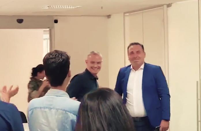 Reinaldo Gottino, ex Record, surge chorando durante chegada ao novo trabalho, a CNN (Foto: Reprodução)