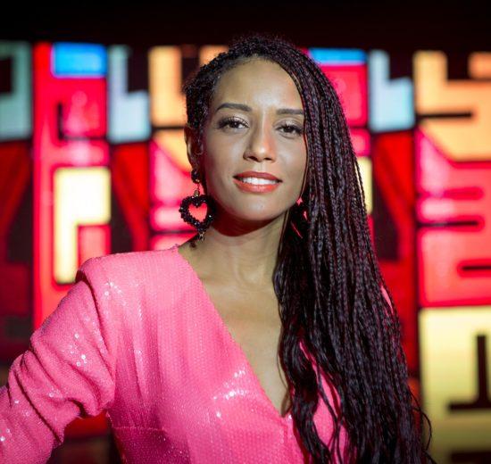 Taís Araújo comanda o talent show PopStar na tela da Rede Globo (Foto: Isabella Pinheiro/Gshow)