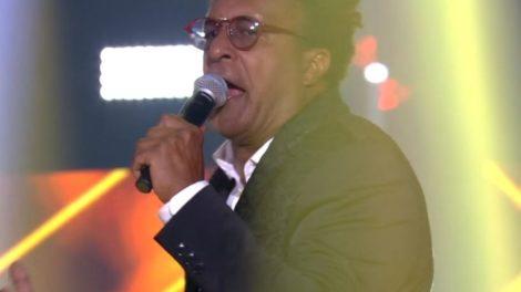 Tony Gordon na Final do The Voice Brasil (Foto: Reprodução)
