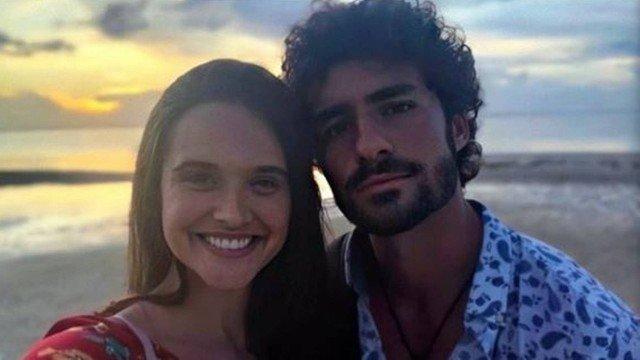José Condessa encerra boatos de que estaria saindo com Juliana Paiva. Divulgação/Instagram