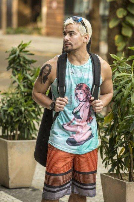 Thiago Martins é o músico Ryan, em Amor de Mãe (Foto: João Cotta/TV Globo/ Divulgação)