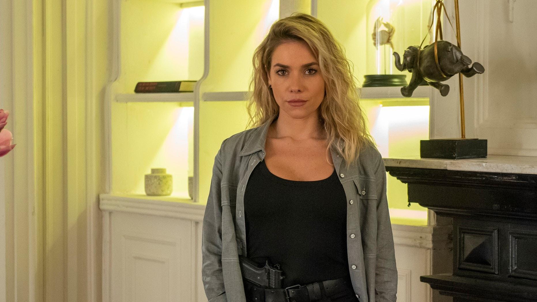 Yohana (Monique Alfradique) em A Dona do Pedaço (Foto: Reprodução)