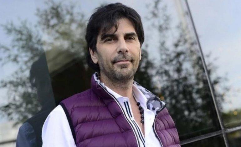 O argentino Juan Darthés está sendo procurado depois de graves denúncias de estupro e fugiu para o Brasil (Foto: Reprodução)