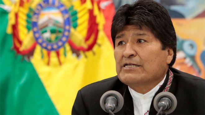 Avião com Evo Morales, presidente da Bolívia, fez pouso de emergência (Reprodução)