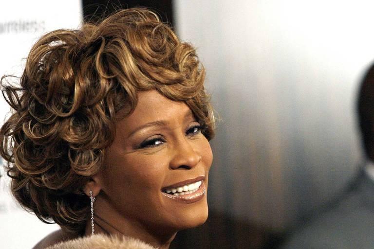 Amiga de Whitney Houston revela relação amorosa com cantora e conta todos os detalhes (Foto: Reprodução)