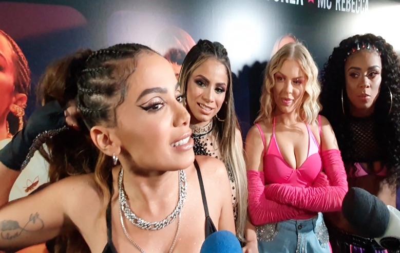 Anitta fala sobre seus planos para 2020 e afirma que não deixará o país (Foto: Reprodução)