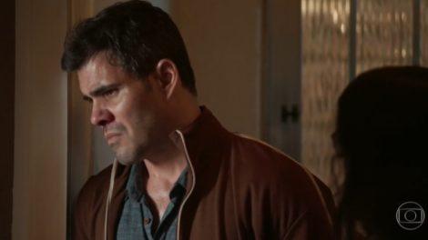 Magno (Juliano Cazarré) revelará paixão por Betina (Isis Valverde) em Amor de Mãe (Foto: Reprodução/Globo)