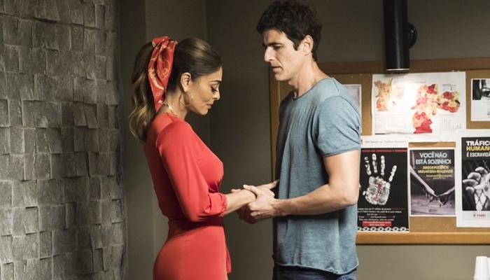 Maria da Paz (Juliana Paes) e Régis (Reynaldo Gianecchini) em A Dona do Pedaço (Foto: Globo/João Miguel Júnior)