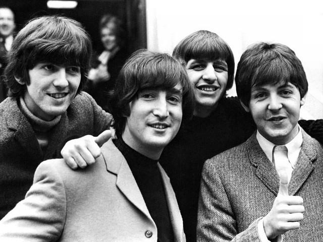 O cantor e guitarrista George Harrison morreu aos 58 anos de idade (Foto: Reprodução)