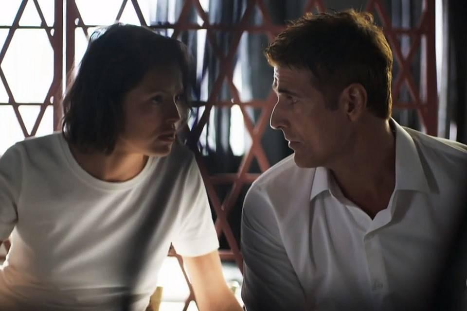 Régis e Josiane em cena da novela das 21h, A Dona do Pedaço (Foto: Reprodução)