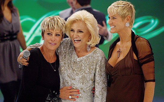 Ana Maria Braga, Hebe Camargo e Xuxa em 2010 no SBT (Imagem: Divulgação)