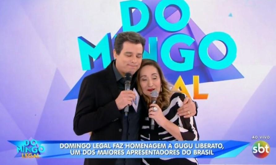Celso Portiolli e Sonia Abrão no palco do Domingo Legal (Foto: Reprodução)