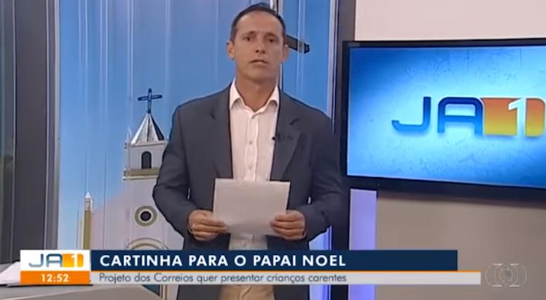 O famoso apresentador da Globo e jornalista do Jornal Anhanguera 1ª Edição foi aos prantos ao ler carta de menino de 10 anos (Foto: Reprodução)