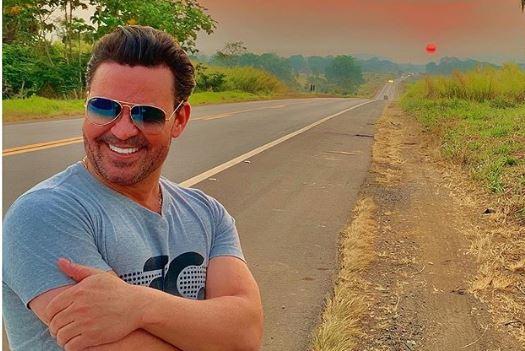 O famoso cantor sertanejo, Eduardo Costa revoltou na noite desta quinta-feira ao falar sobre o apresentador da Record, Gugu Liberato (Foto: Reprodução/Instagram)