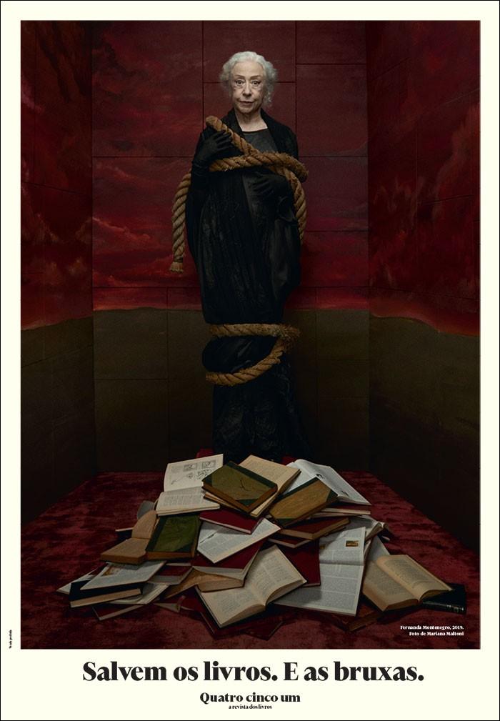 Fernanda Montenegro como bruxa medieval na capa da Revista Quatro Cinco Um (Reprodução