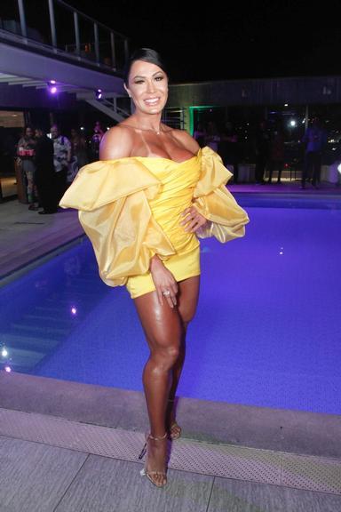 Gracyanne Barbosa ousou em seu look para evento no Rio de Janeiro (Foto: Reprodução)