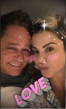 Poliana Rocha esbanjam felicidade (Foto: reprodução/Instagram)