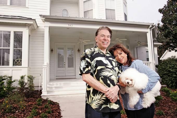 Silvio Santos com sua esposa Íris Abravanel na sua casa de veraneio na Flórida: filhas ágora também tem casas por lá (Fernando Moraes/Veja SP)