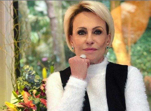 A famosa apresentadora do Mais Você, da Globo, Ana Maria Braga causa comoção ao falar sobre câncer de pele ao vivo (Foto: Reprodução)