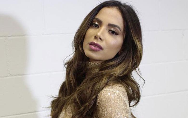 Anitta fora do Brasil (Foto: Reprodução/Instagram)