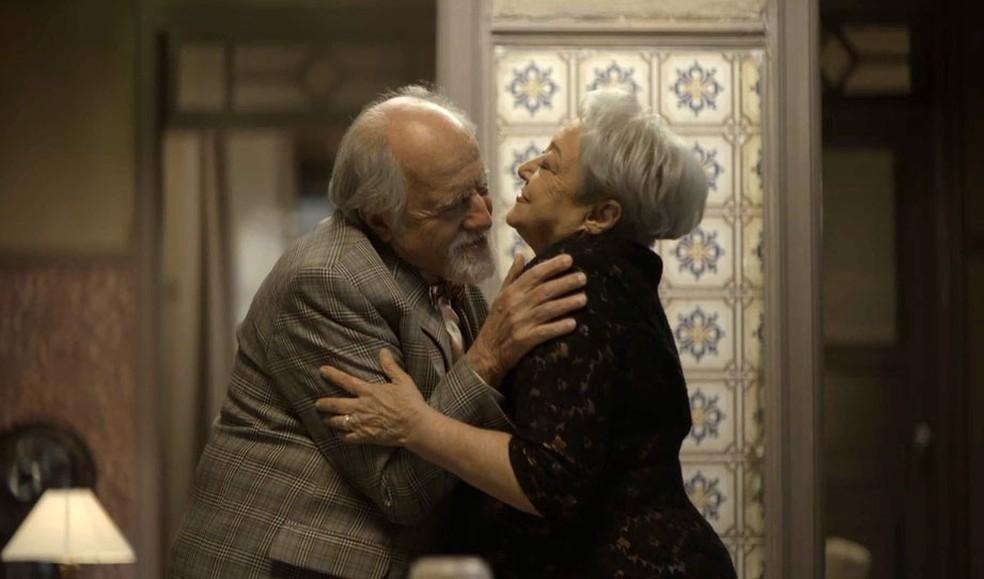 Antero e Marlene em cena da novela A Dona do Pedaço (Foto: Reprodução)