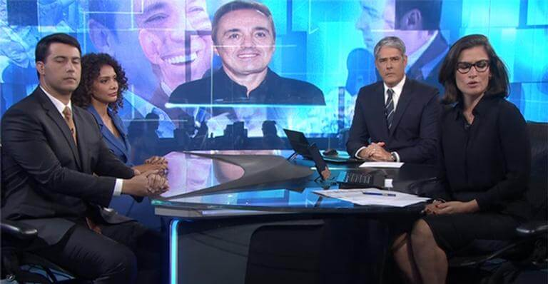 Morte de Gugu foi anunciada no Jornal Nacional (Foto: Reprodução/Globo)