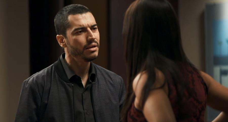 Camilo vai depor contra Josiane em A Dona do Pedaço (Reprodução: TV Globo)