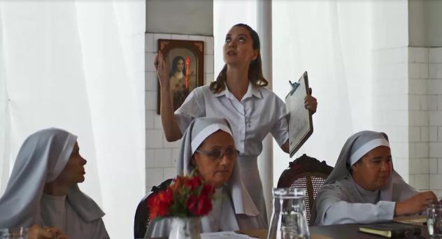 Fabiana (Nathalia Dill) toca o terror em seu retorno ao convento em A Dona do Pedaço (Foto: Reprodução/Globo)