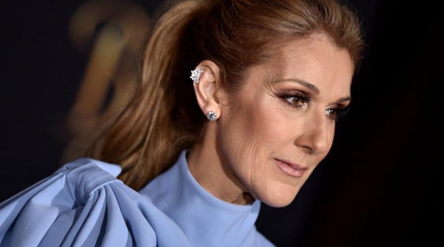 Céline Dion revela que está solteira e afirma que continua apaixonada por seu ex-marido que morreu vítima de um infarto (Foto: Reprodução)