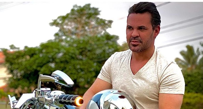 O famoso cantor sertanejo, Eduardo Costa deixou os seus seguidores perplexos ao contar que havia feito um 'acordo' com Deus e que participaria de um filme (Foto: Reprodução/ Instagram)