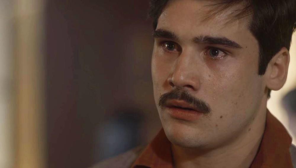Alfredo em cena de Éramos Seis da Globo