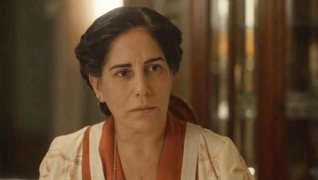 Lola vivida por Gloria Pires é a protagonista de Éramos Seis