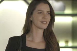 globo Fabiana em cena da novela das 21h, A Dona do Pedaço (Foto: Reprodução)