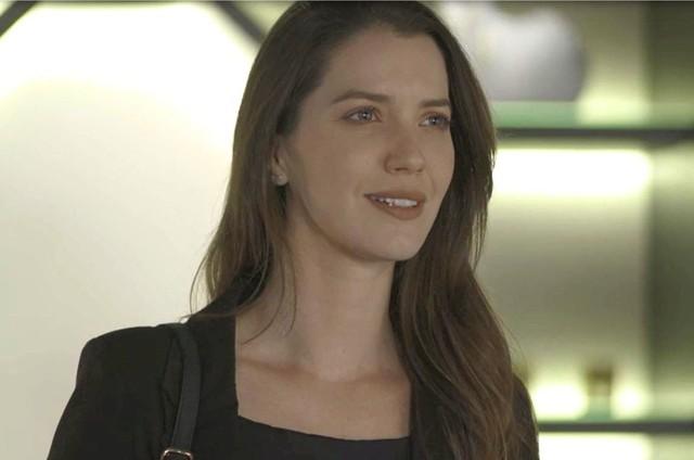 Fabiana em cena da novela das 21h, A Dona do Pedaço (Foto: Reprodução)