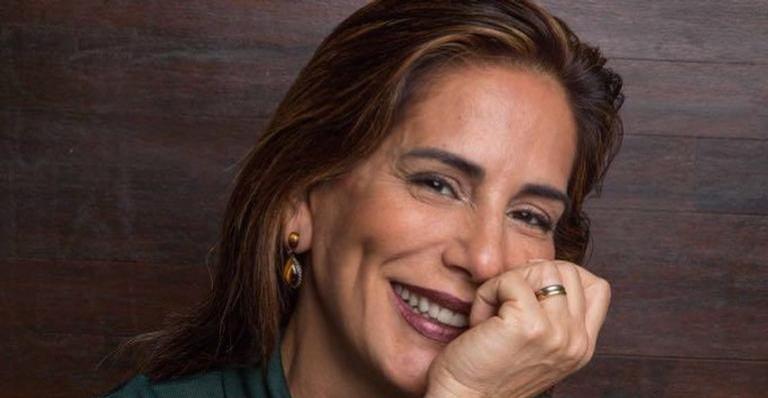 Glória Pires compartilhou um vídeo de suas falhas nas gravações (Foto: Reprodução)