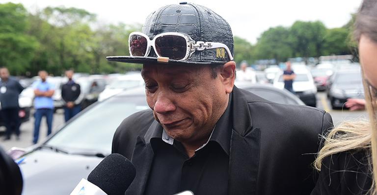 Liminha no velório do Gugu (Foto: AGNews/ Leo Franco)
