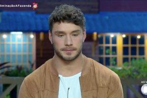 Lucas Viana briga com Netto em A Fazenda 11 (Reprodução: PlayPlus)