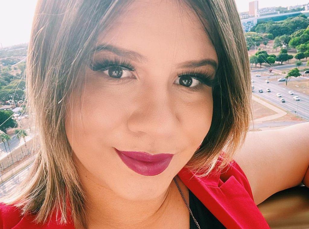 Marília Mendonça espera a chegada do primeiro herdeiro e brincou sobre o fato de não poder levá-lo para Disney (Foto: Reprodução/ Instagram)