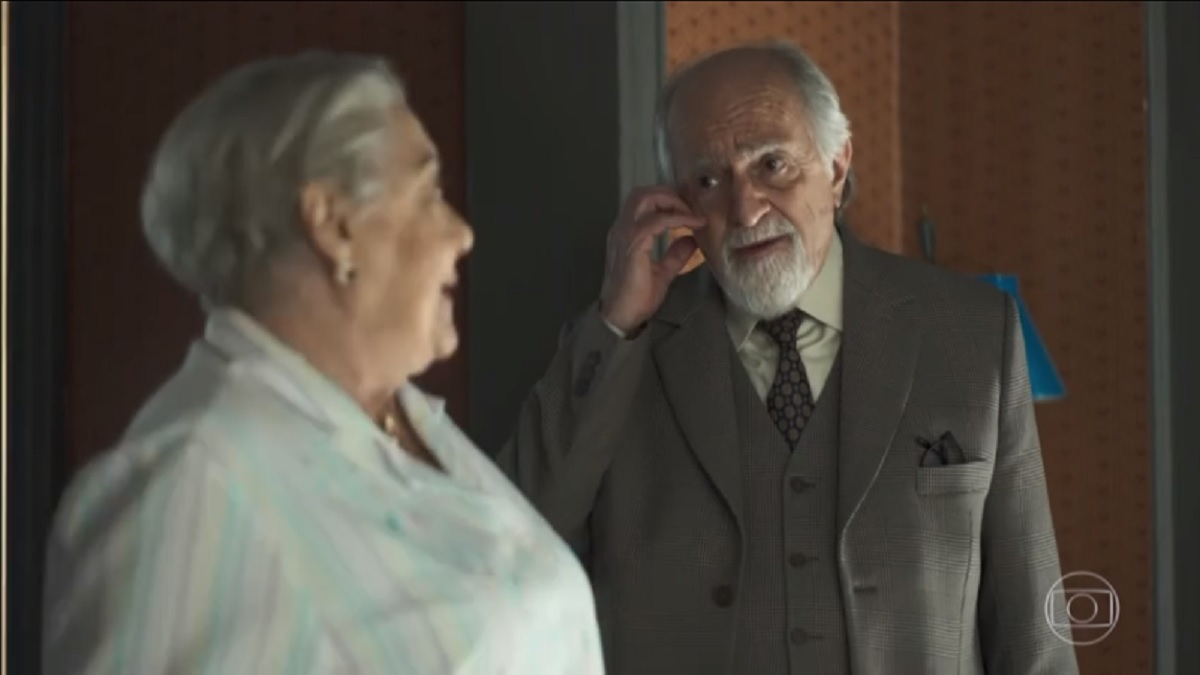 Marlene e Antero na novela A Dona do Pedaço (Foto: Reprodução)