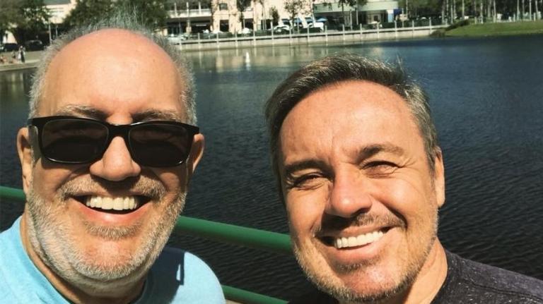Gugu Liberato e seu melhor amigo, o diretor Homero Salles (foto: reprodução)