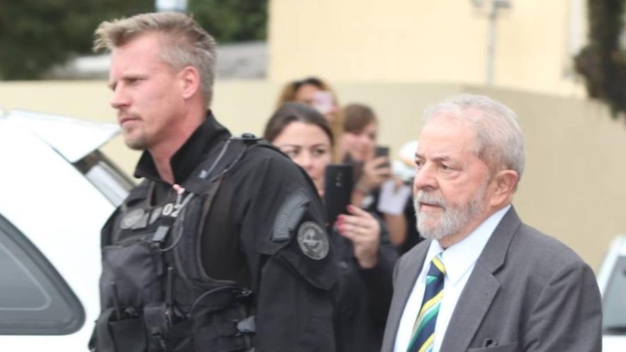 Jorge Chastalo, também conhecido como Rodrigo Hilbert da PF, e o ex-presidente Lula. Foto: Reprodução