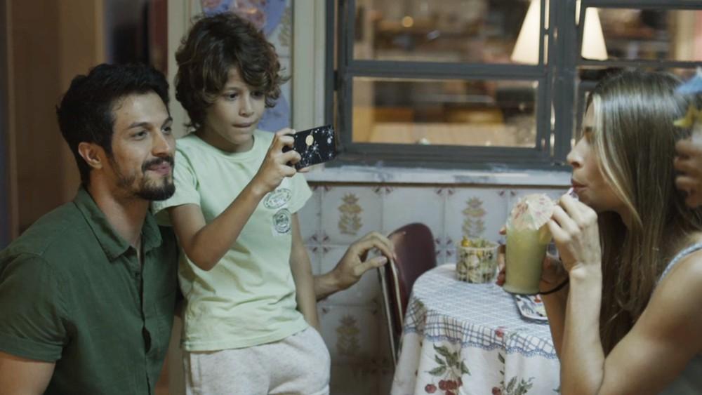 Peter grava Paloma para o seu canal em Bom Sucesso