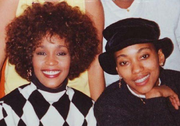 Robyn Crawford e Whitney Houston (Foto: Reprodução)