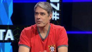 """Com camisa da seleção de Portugal, William Bonner falou sobre separação no """"Zona Mista"""" Foto: Reprodução/Sportv"""