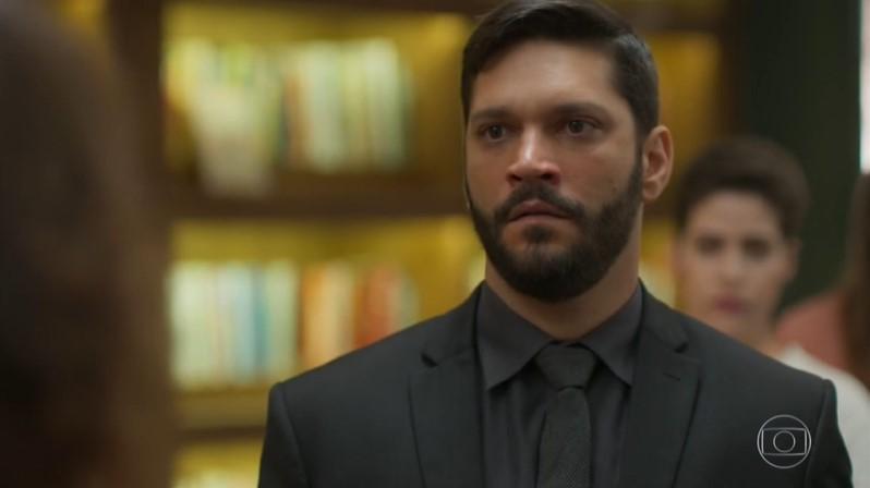 Diogo (Armando Babaioff) terá vingança em Bom Sucesso (Foto: Reprodução/Globo)