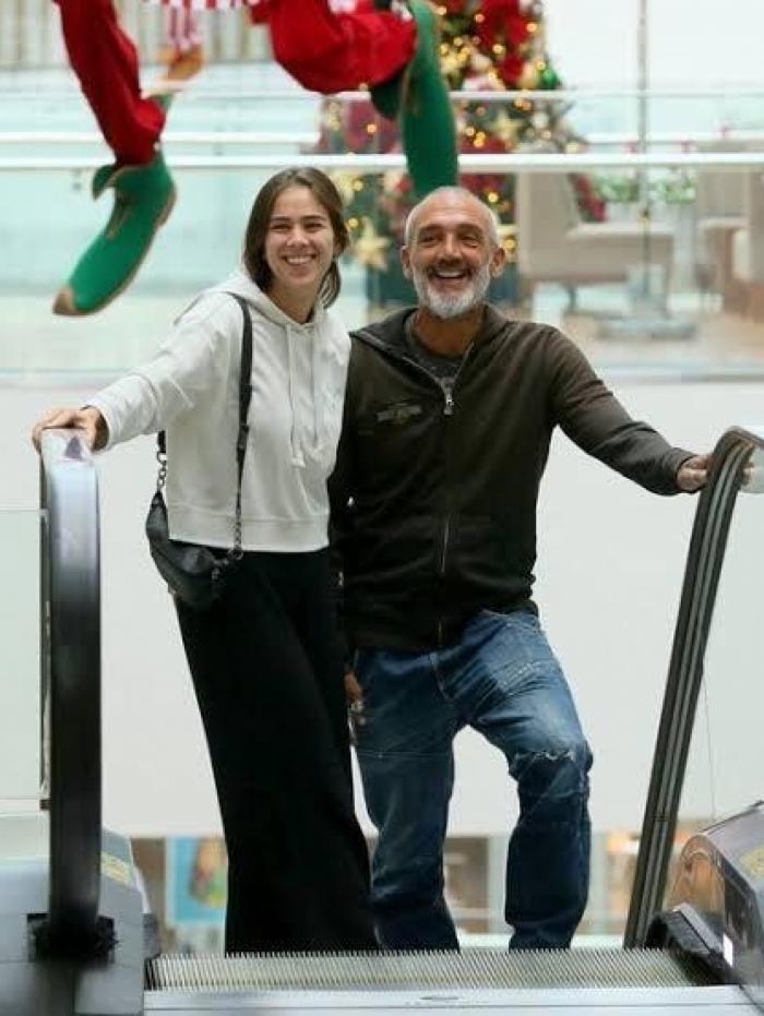 Jadhe e Papinha passeiam em shopping - Edson Aipim/AgNews Paolla Oliveira