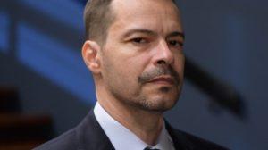 Heitor Martinez será Bernardo em Amor Sem Igual