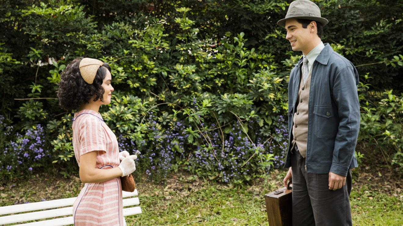 Carlos se surpreende ao reencontrar com Inês, seu grande amor de Éramos Seis